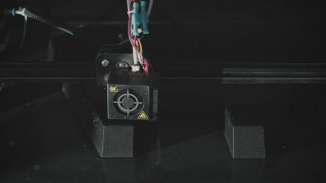 3D printer building a figure