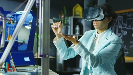 A scientist woman exploring VR technology