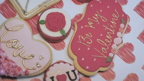 A table with Valentine's desserts
