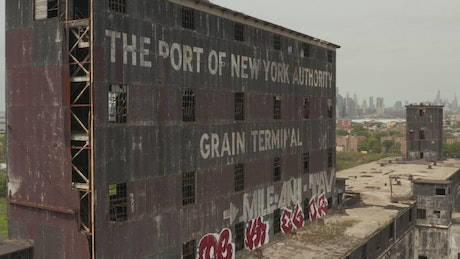 Abandoned building in the port of New York