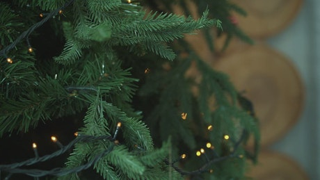Adding decorations to a tree
