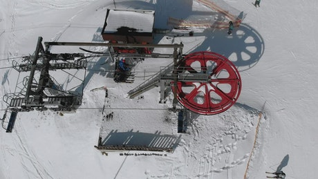 Aerial view of the ski lift mechanism