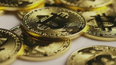 Bitcoins slowly rotating