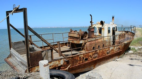 Boat left to rust