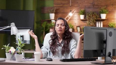 Business entrepreneur woman meditating
