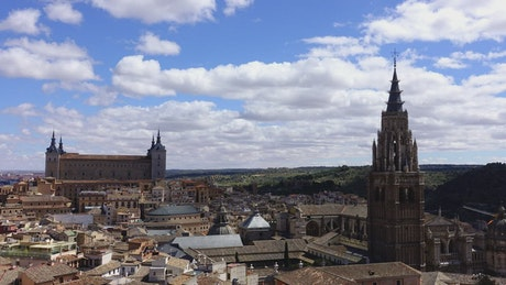 Cathedral Saint Maria seen from afar, time-lapse