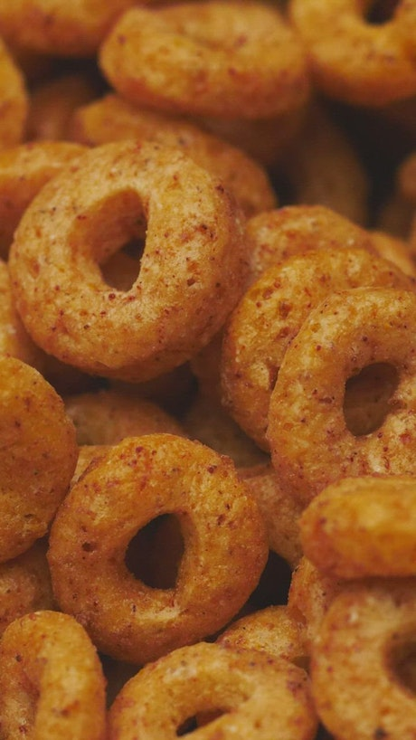 Cinnamon oat rings cereal, slowly rotating