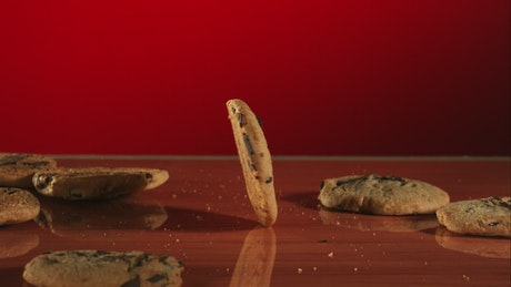 Cookie rotating is in slow motion in the table