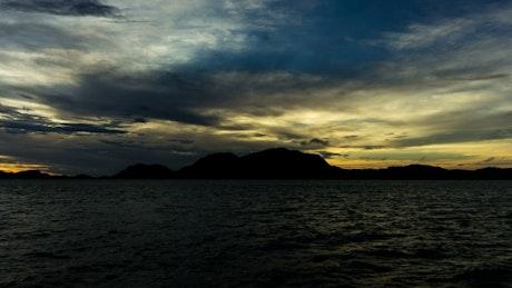 Fast timelapse of the sunrise