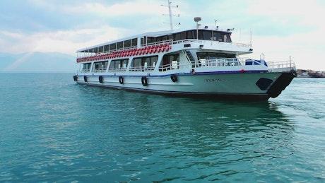 Ferryboat leaving the dock