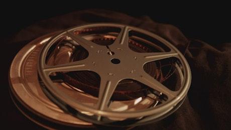 Film cartridge spinning