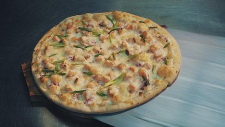 Fresh chicken pizza