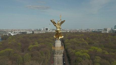Golden statue of Victoria in Berlin