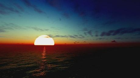 Huge sun in the sea skyline, Animation