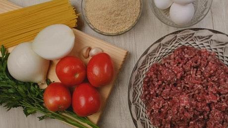 Ingredients for preparing meat balls