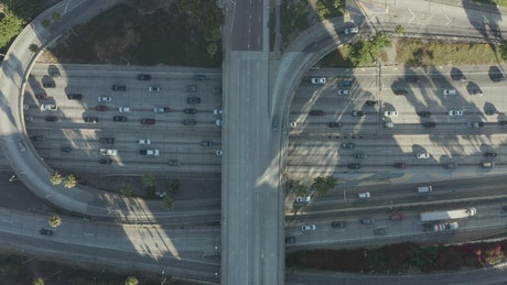 Intersection and bridges with traffic on LA highways