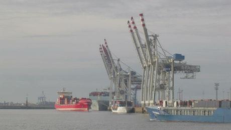 Large ships in Hamburg