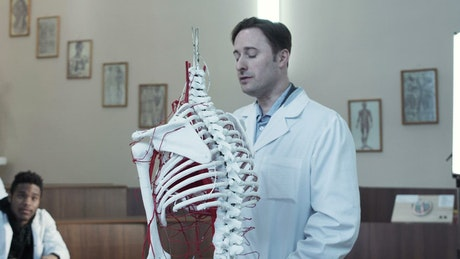 Lecture on human anatomy in the classroom