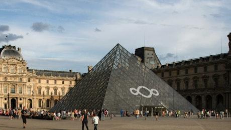 Louvre Museum in Paris, time-lapse