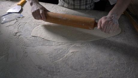 Making Turkish pizza dough
