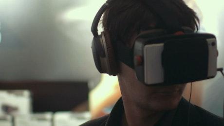 Man using mobile VR