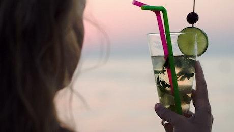 Mojito with two straws