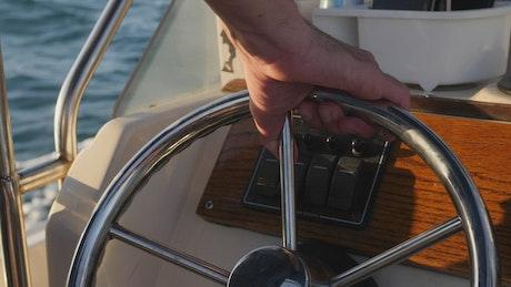 Motorboat steering wheel