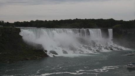 Niagara falls tour boat