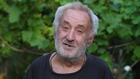 Old man smiling, portrait
