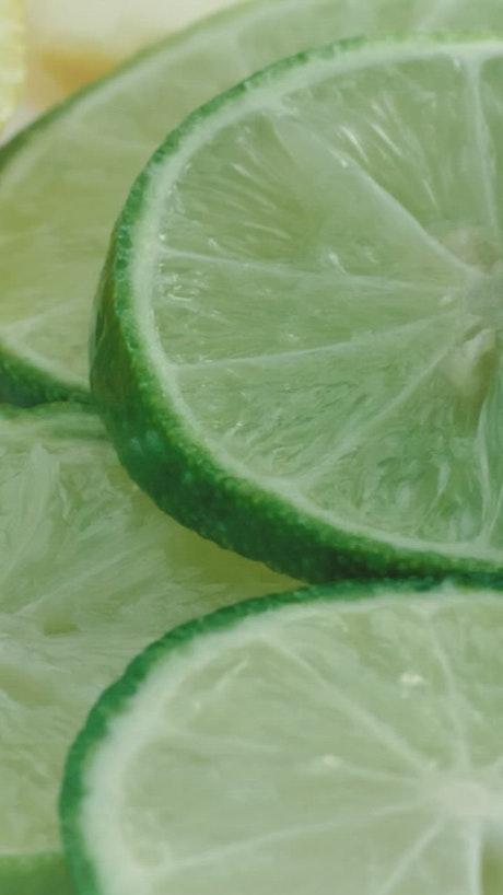Overlapping lemon slices