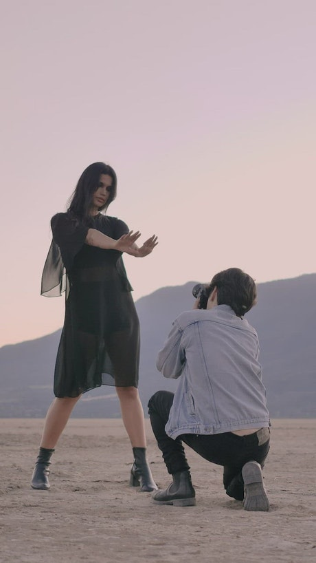 Photo session of a girl in the desert