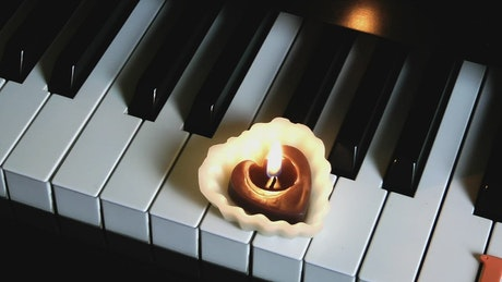 Piano and romance