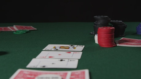 Playing Poker in a dark room