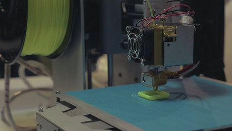 Printing a model using green filament