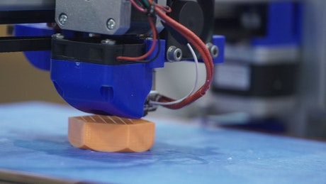 Printing a part in 3D in the workshop