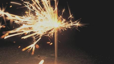 Pyrotechnic sparkler