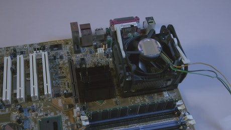 Removing a CPU from an old motherboard