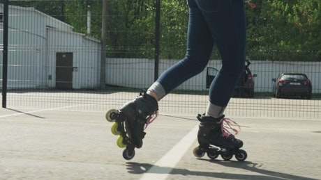 Roller Skating backwards while spinning