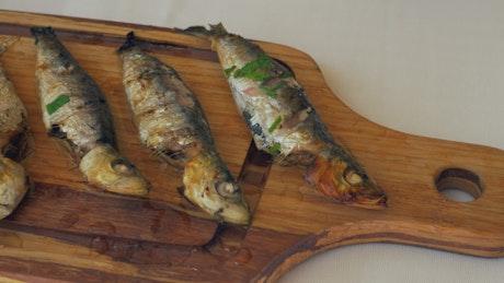 Sardines with fresh lemon juice