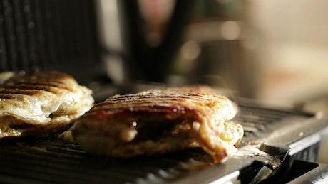 Seasoning grilled fish