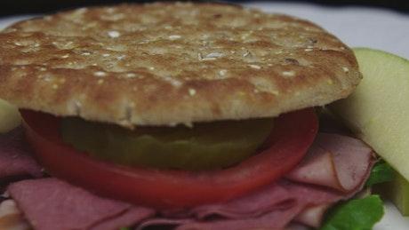 Slim sandwich with ham and apple