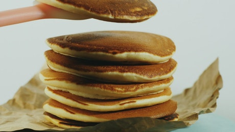Stacking pancakes on a pile