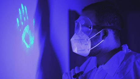 Taking and analyzing fingerprints under black light