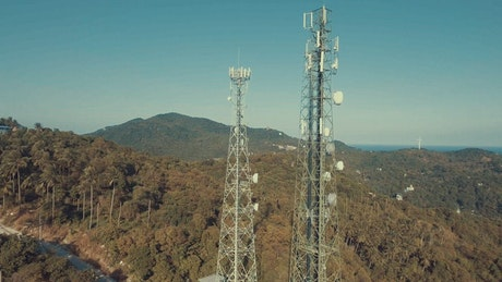 Telecommunication antennas from the top nature
