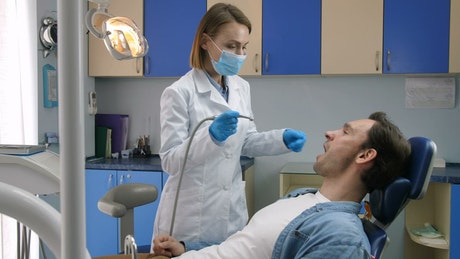 Tooth decay treatment at the clinic