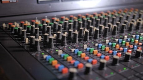Using a mixing console