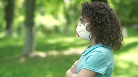 Woman in face mask refuses flowers